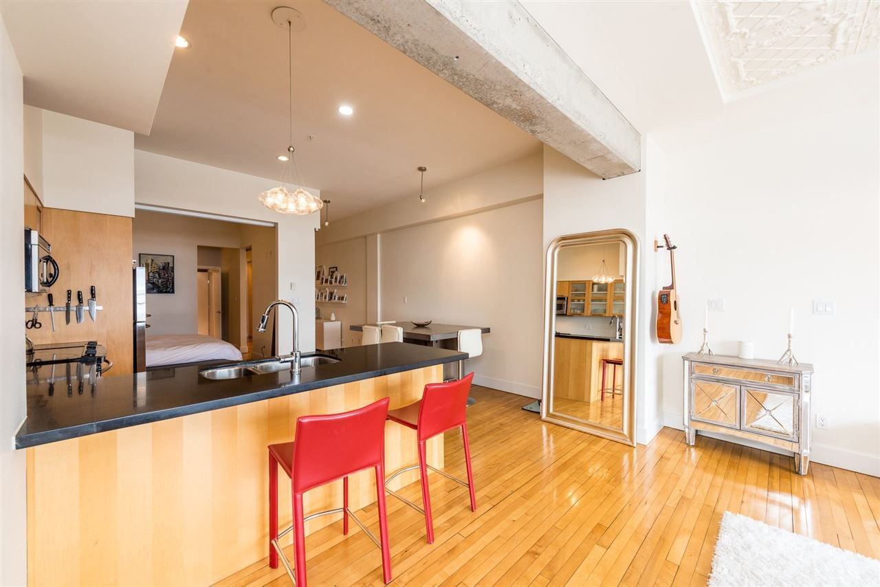 """Photo 7: Photos: 307 345 WATER Street in Vancouver: Downtown VW Condo for sale in """"Greenshields"""" (Vancouver West)  : MLS®# R2288572"""
