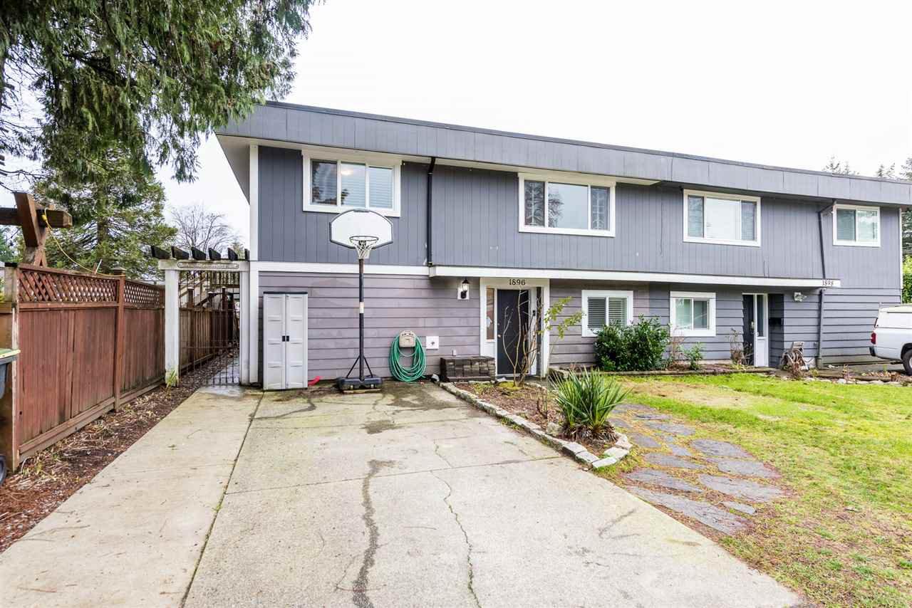 Main Photo: 1896 PATRICIA Avenue in Port Coquitlam: Glenwood PQ House 1/2 Duplex for sale : MLS®# R2330564