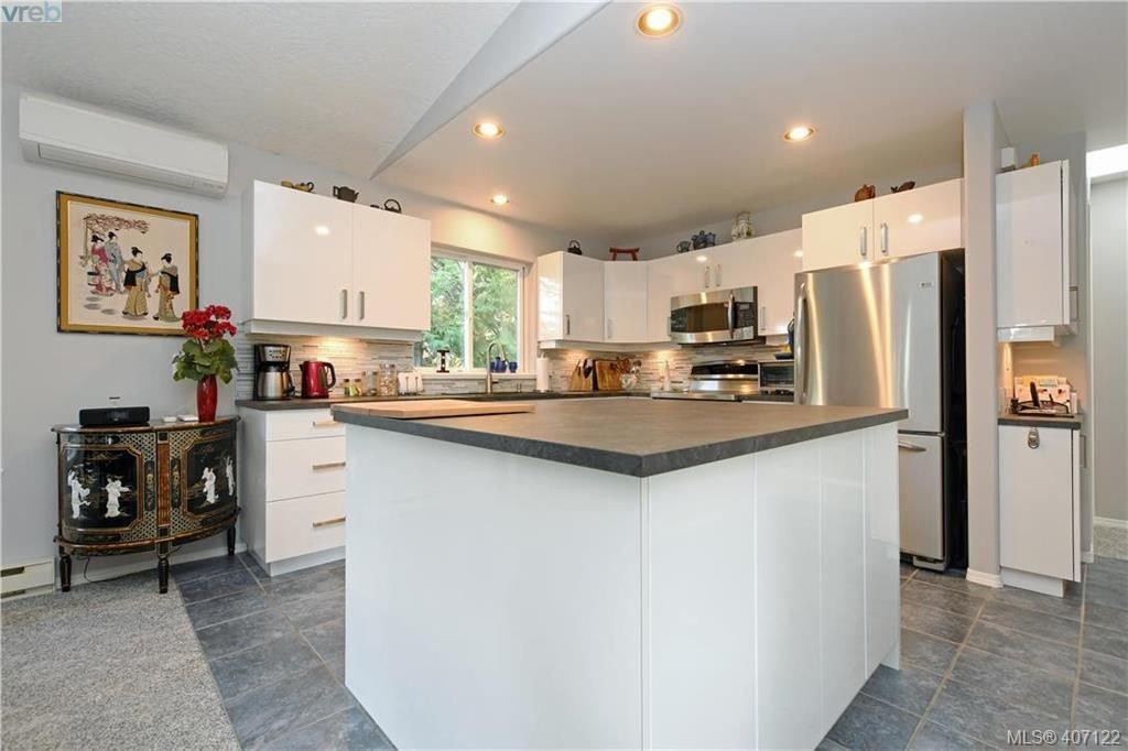 Photo 7: Photos: 7142 Cedar Park Pl in SOOKE: Sk John Muir House for sale (Sooke)  : MLS®# 809042