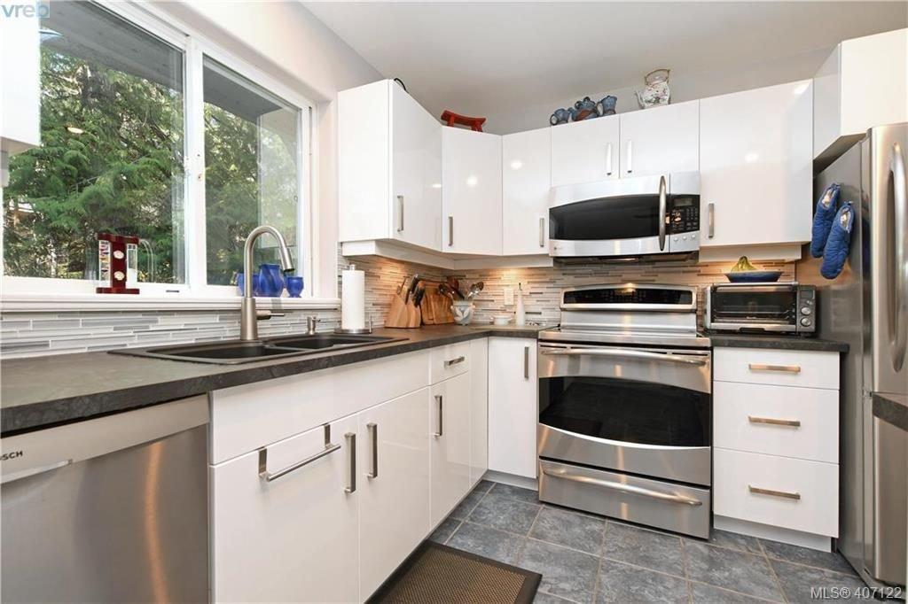 Photo 8: Photos: 7142 Cedar Park Pl in SOOKE: Sk John Muir House for sale (Sooke)  : MLS®# 809042