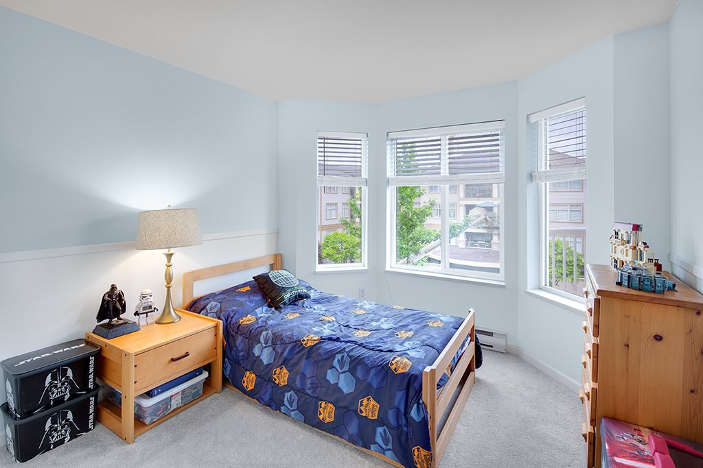 "Photo 16: Photos: 305 12206 224TH Street in Maple Ridge: East Central Condo for sale in ""Cottonwood Place"" : MLS®# R2374390"