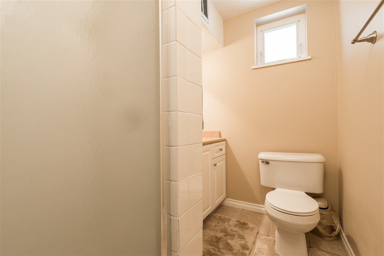Photo 19: Photos: 1404 W 64TH Avenue in Vancouver: Marpole House for sale (Vancouver West)  : MLS®# R2385000