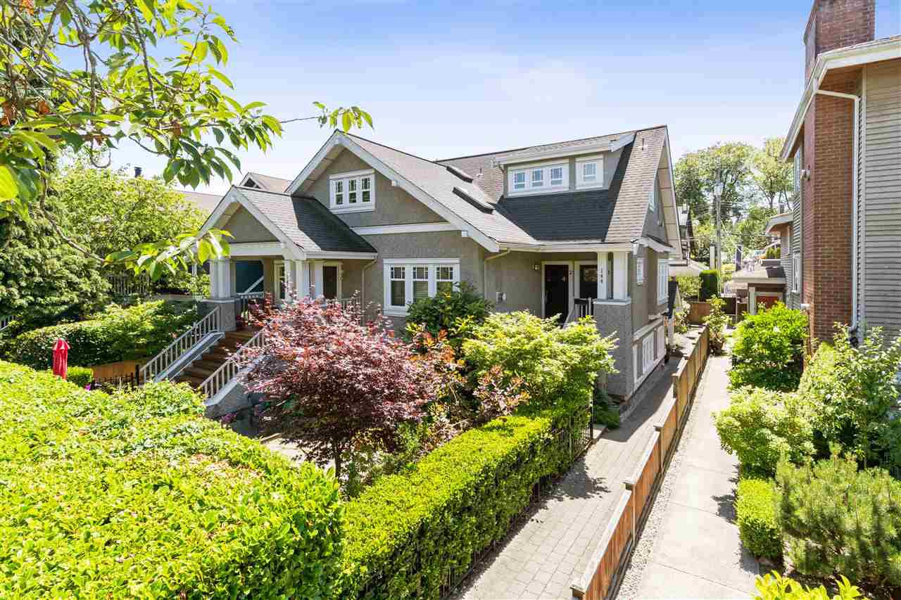 Main Photo: 4 144 W 14TH Avenue in Vancouver: Mount Pleasant VW Townhouse for sale (Vancouver West)  : MLS®# R2385069