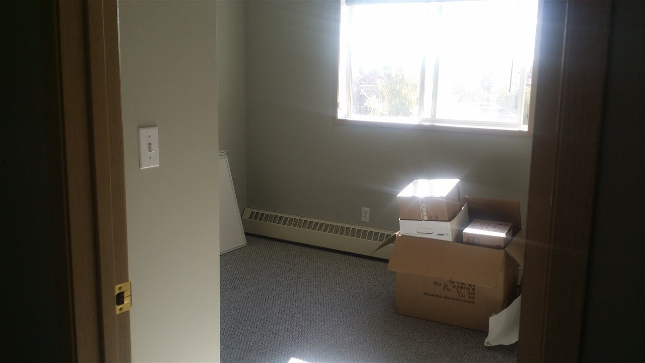 Photo 21: Photos: 306 11620 9A Avenue in Edmonton: Zone 16 Condo for sale : MLS®# E4164657