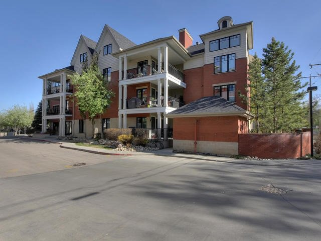 Main Photo: 102 9803 96A Street in Edmonton: Zone 18 Condo for sale : MLS®# E4168086