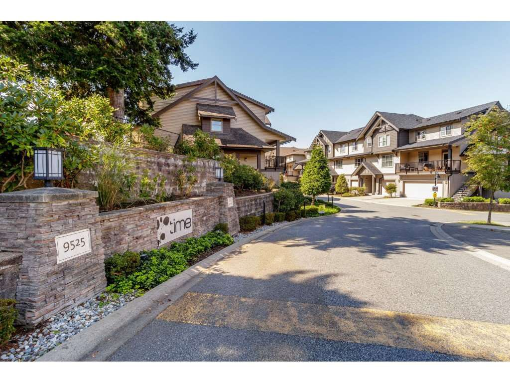 "Main Photo: 98 9525 204 Street in Langley: Walnut Grove Townhouse for sale in ""TIME"" : MLS®# R2401291"