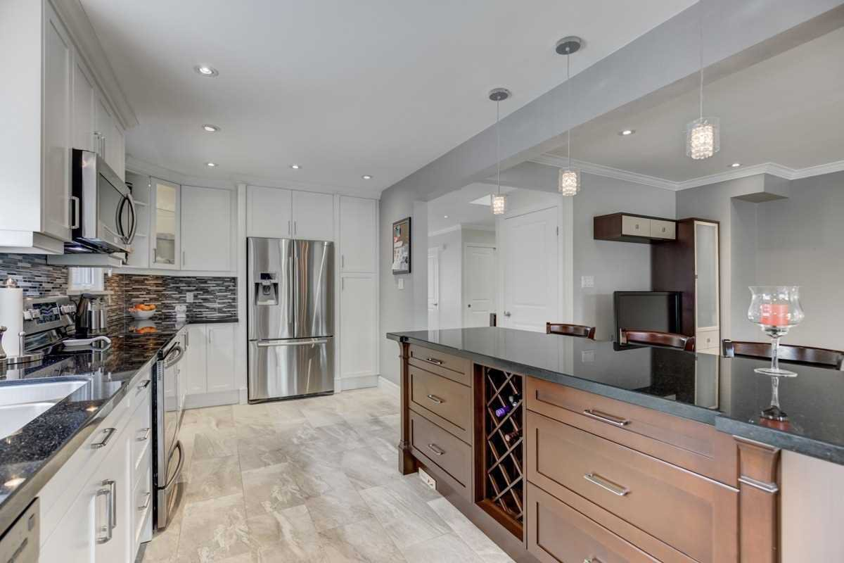 Photo 7: Photos: 2914 Arles Mews in Mississauga: Meadowvale House (2-Storey) for sale : MLS®# W4564506