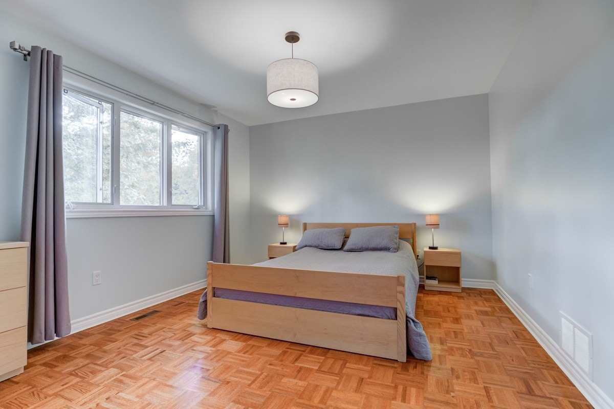 Photo 11: Photos: 2914 Arles Mews in Mississauga: Meadowvale House (2-Storey) for sale : MLS®# W4564506