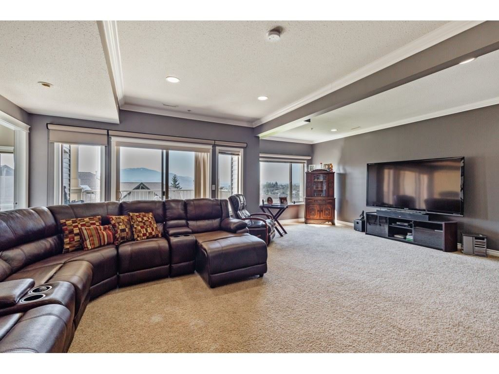 """Photo 16: Photos: 34 2842 WHATCOM Road in Abbotsford: Abbotsford East Townhouse for sale in """"Forest Ridge"""" : MLS®# R2450038"""