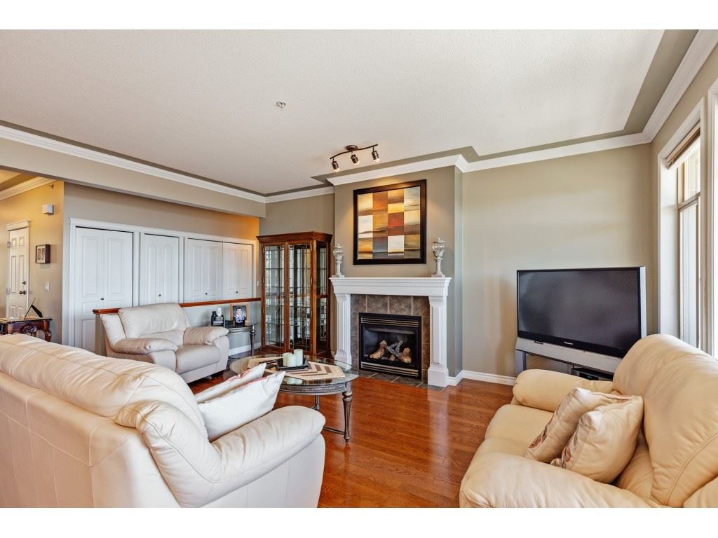 """Photo 8: Photos: 34 2842 WHATCOM Road in Abbotsford: Abbotsford East Townhouse for sale in """"Forest Ridge"""" : MLS®# R2450038"""
