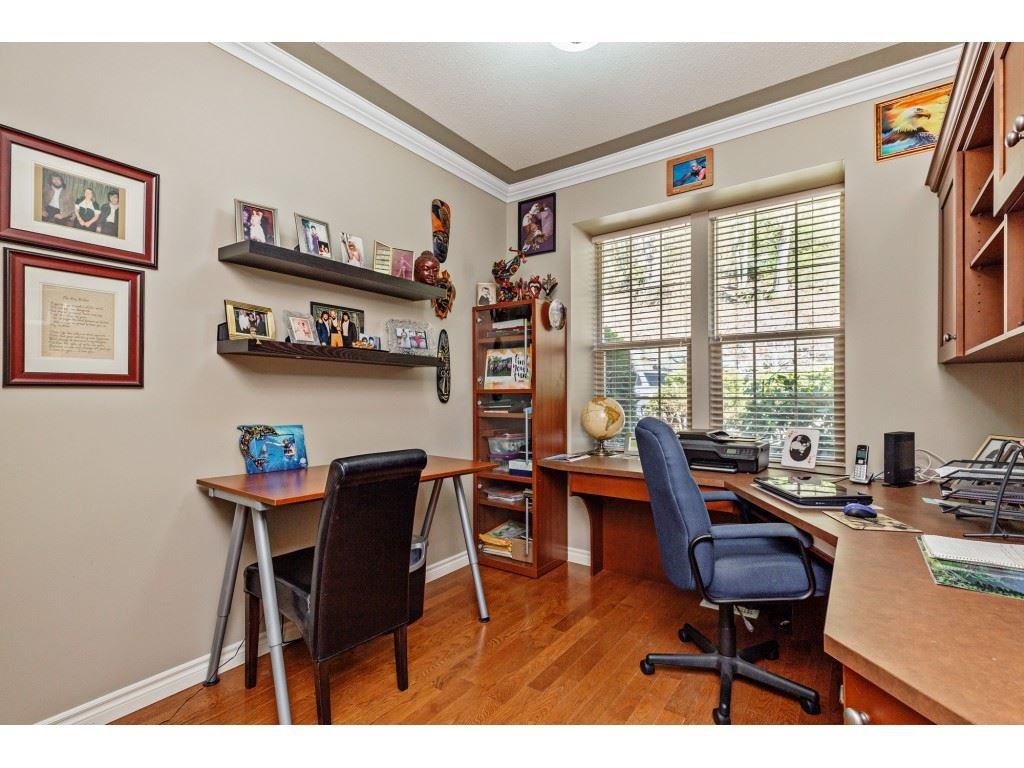 """Photo 15: Photos: 34 2842 WHATCOM Road in Abbotsford: Abbotsford East Townhouse for sale in """"Forest Ridge"""" : MLS®# R2450038"""