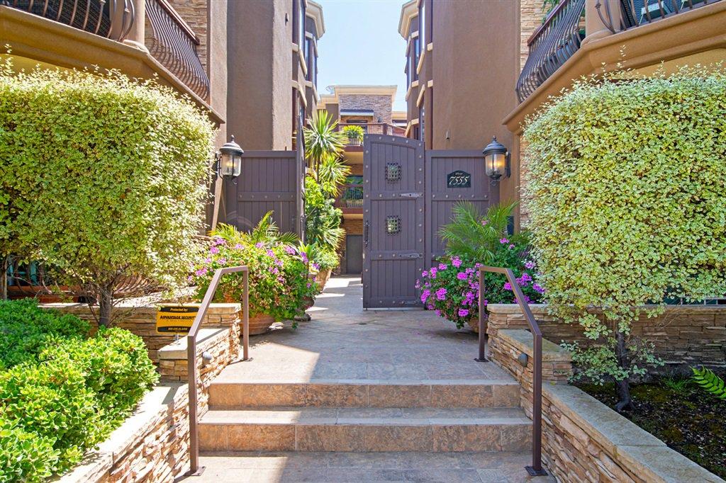 Main Photo: LA JOLLA Condo for rent : 2 bedrooms : 7555 Eads Ave #16