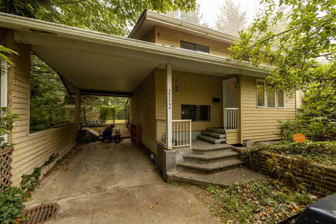 Main Photo: 35244 MCKEE Road in Abbotsford: Abbotsford East House for sale : MLS®# R2498626