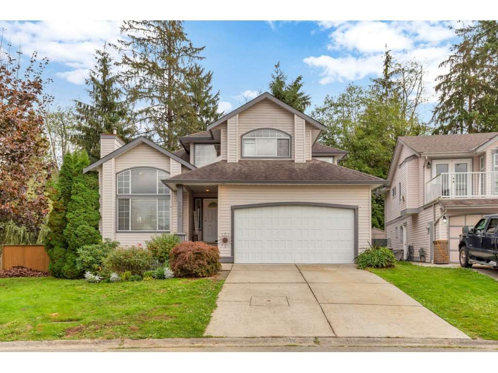 Main Photo: 23040 124B Avenue in Maple Ridge: East Central House for sale : MLS®# R2507856