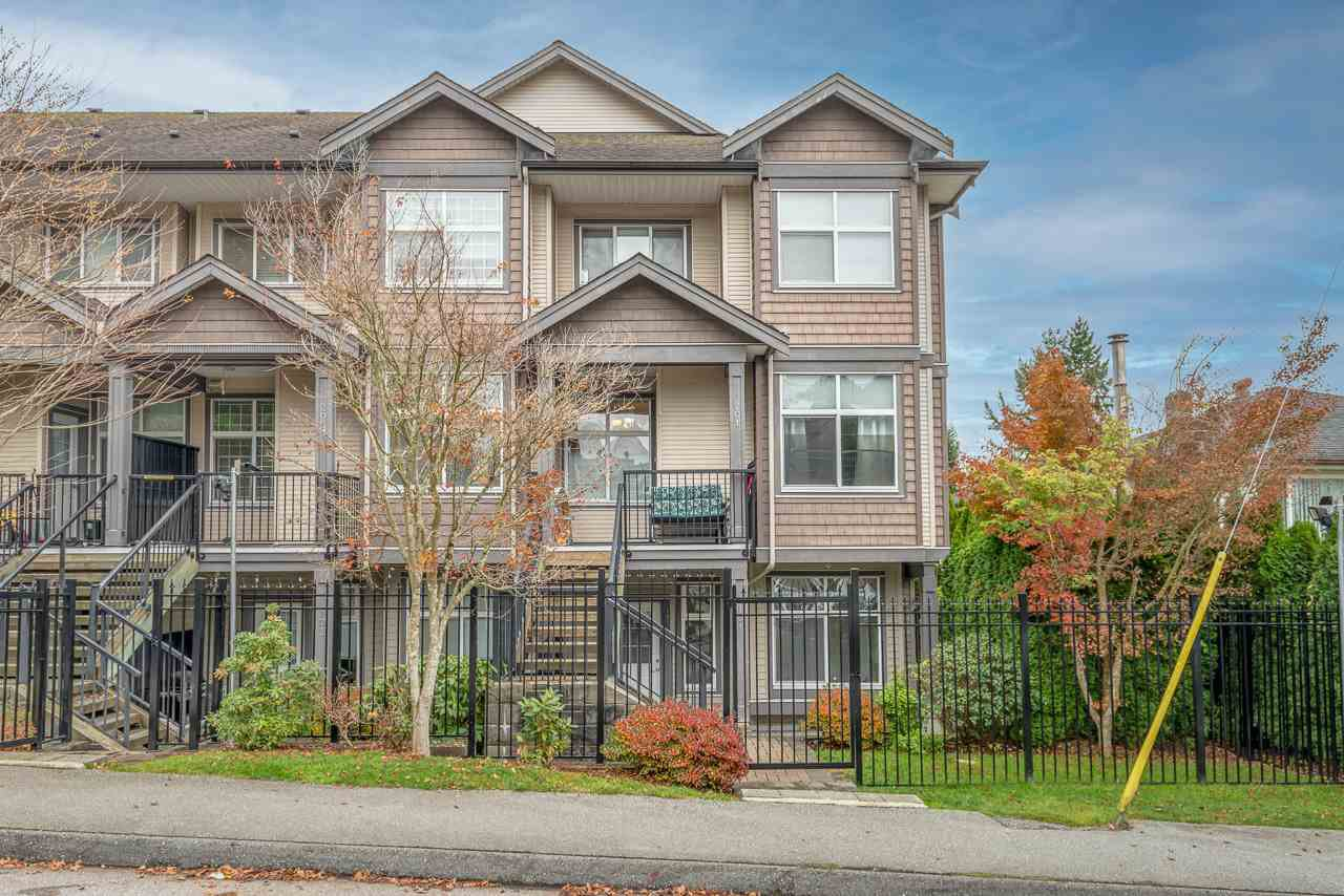 """Main Photo: 201 7333 16TH Avenue in Burnaby: Edmonds BE Townhouse for sale in """"SOUTHGATE"""" (Burnaby East)  : MLS®# R2518185"""