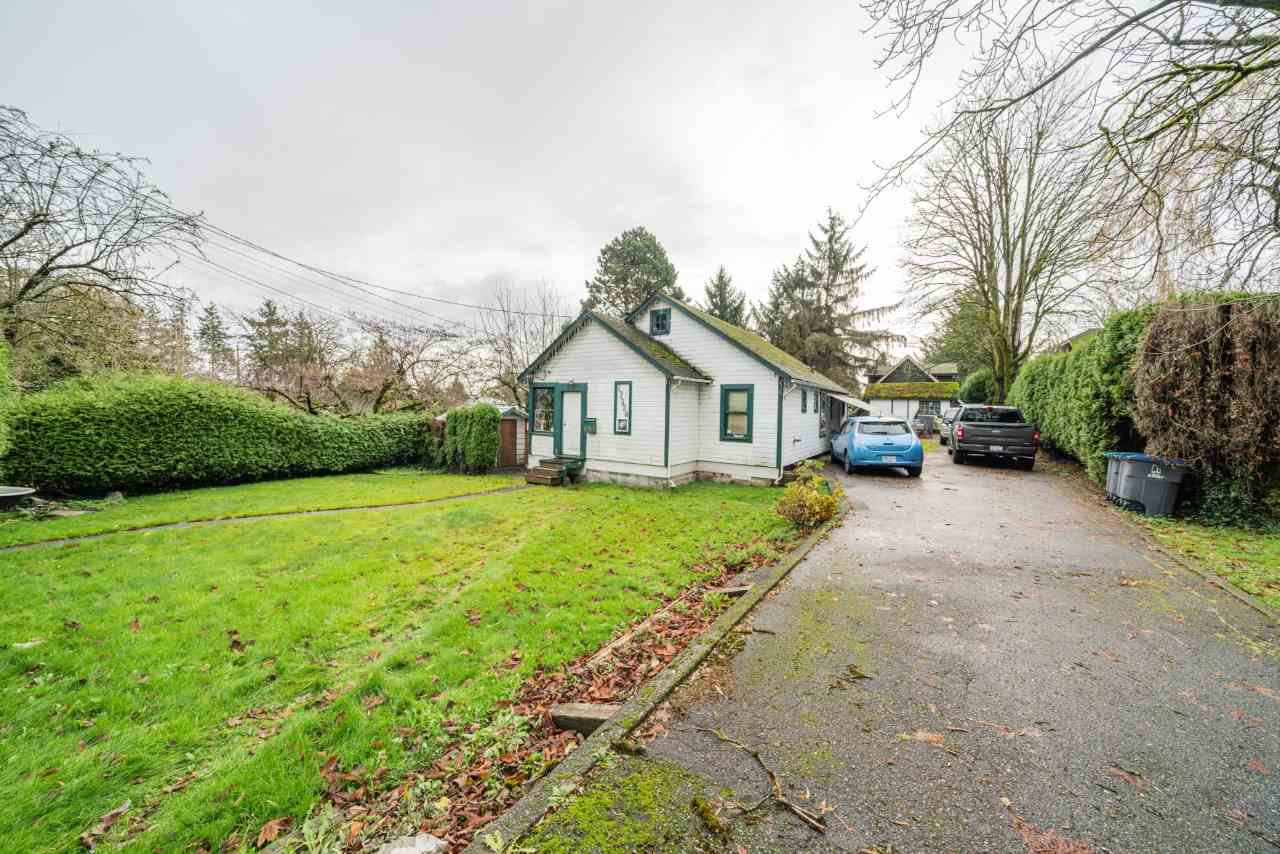 Main Photo: 17328 60 Avenue in Surrey: Cloverdale BC House for sale (Cloverdale)  : MLS®# R2518399