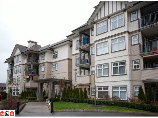 "Main Photo: 240 27358 32ND Avenue in Langley: Aldergrove Langley Condo for sale in ""WILLOWCREEK PHASE 4"" : MLS®# F1104226"