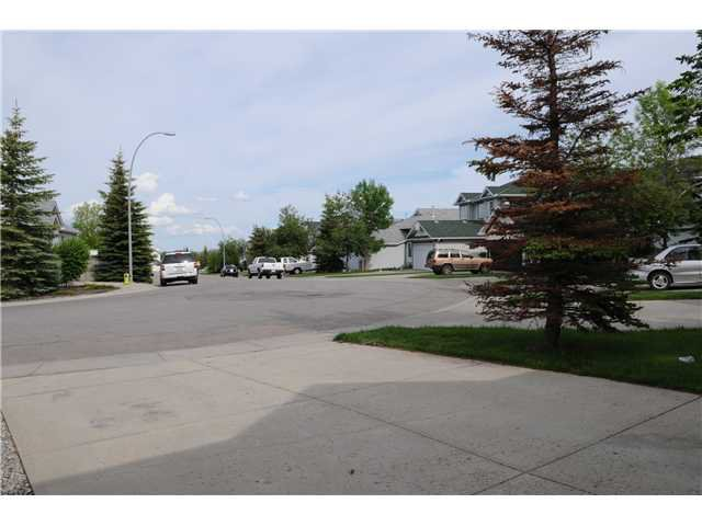 Photo 15: Photos: 116 Somercrest Close SW in CALGARY: Somerset Residential Detached Single Family for sale (Calgary)  : MLS®# C3500842