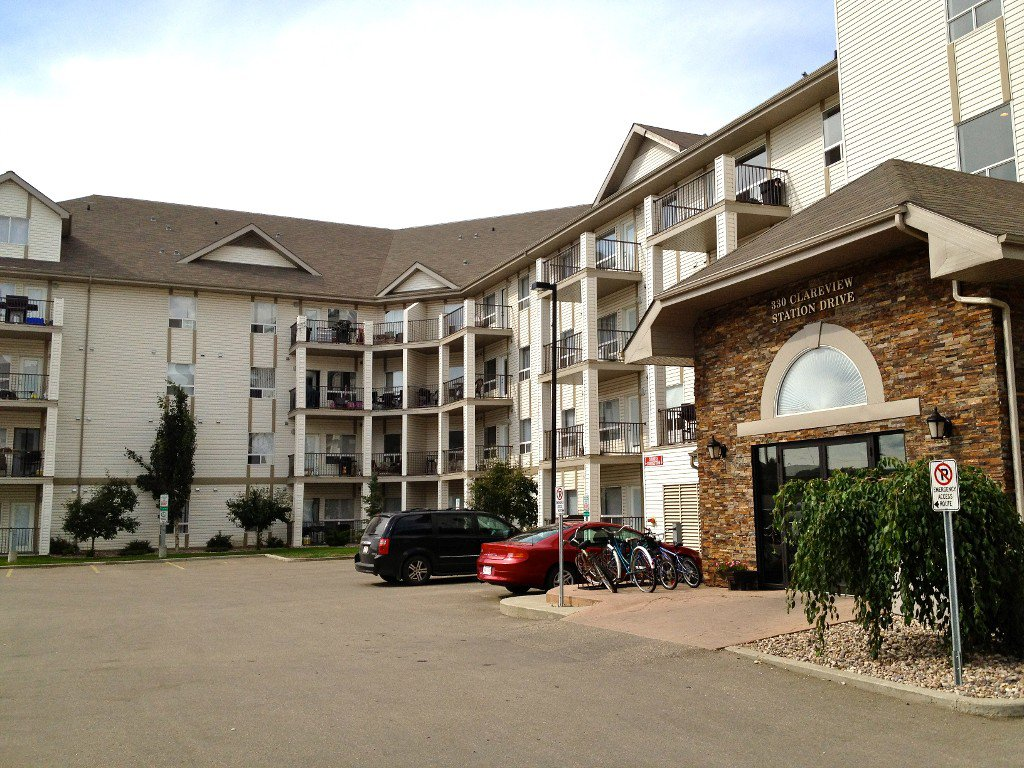 Main Photo: 1218 330 Clareview Station Drive NW: Edmonton Condo for sale : MLS®# E3310773