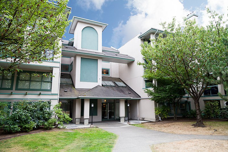 Main Photo: 108A 7025 Stride Avenue in Burnaby: Edmonds BE Condo for sale (Burnaby East)  : MLS®# V991939