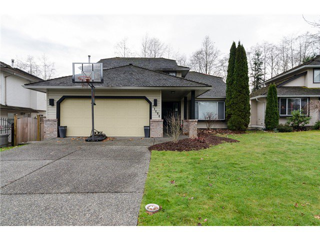 "Main Photo: 21464 83B Avenue in Langley: Walnut Grove House for sale in ""Forest Hills"" : MLS®# F1428556"