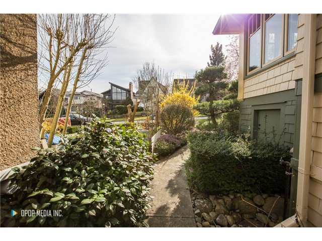 "Photo 4: Photos: 3691 W 23RD Avenue in Vancouver: Dunbar House for sale in ""DUNBAR"" (Vancouver West)  : MLS®# V1109810"