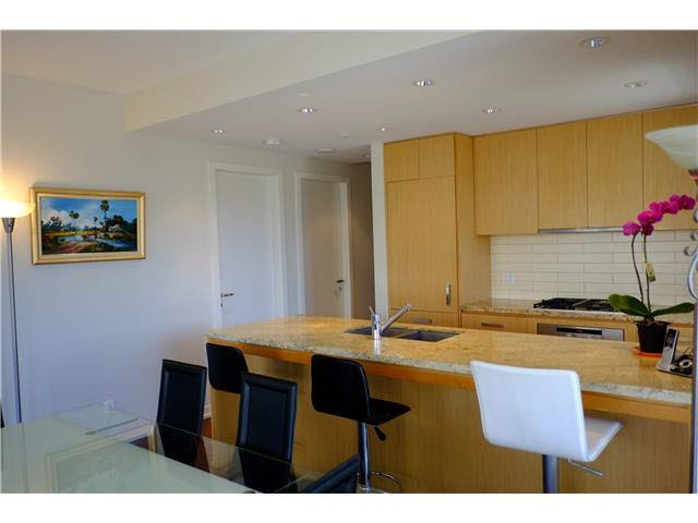 Photo 7: Photos: 501 5955 BALSAM Street in Vancouver: Kerrisdale Condo  (Vancouver West)  : MLS®# V1115294