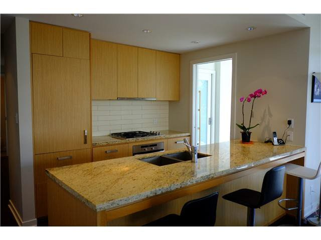 Photo 6: Photos: 501 5955 BALSAM Street in Vancouver: Kerrisdale Condo  (Vancouver West)  : MLS®# V1115294