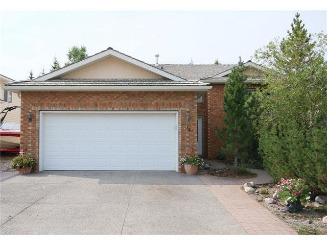 Main Photo: 34 West Hall Place: Cochrane House for sale : MLS®# C4026623
