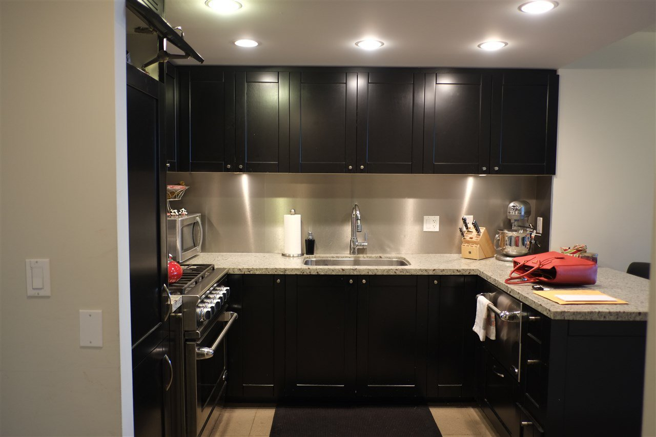 """Photo 2: Photos: 502 1133 HOMER Street in Vancouver: Yaletown Condo  in """"H&H"""" (Vancouver West)  : MLS®# R2005897"""