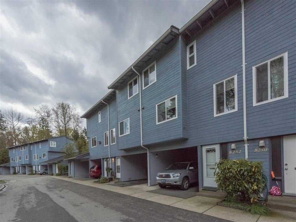 """Main Photo: 8254 AMBERWOOD Place in Burnaby: Forest Hills BN Townhouse for sale in """"FOREST MEADOWS"""" (Burnaby North)  : MLS®# R2160990"""