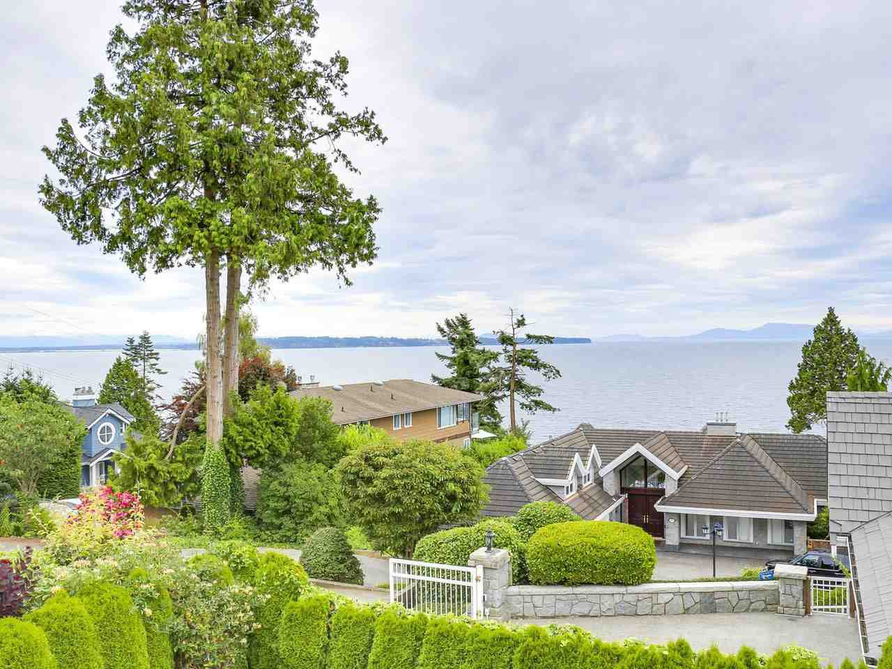 Photo 9: Photos: 1325 132B Street in Surrey: Crescent Bch Ocean Pk. House for sale (South Surrey White Rock)  : MLS®# R2185643