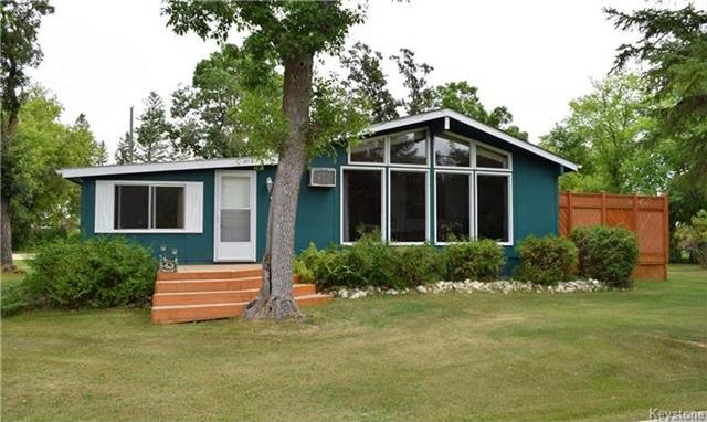 Main Photo: 269 Churchill Road: Winnipeg Beach Residential for sale (R26)  : MLS®# 1720712