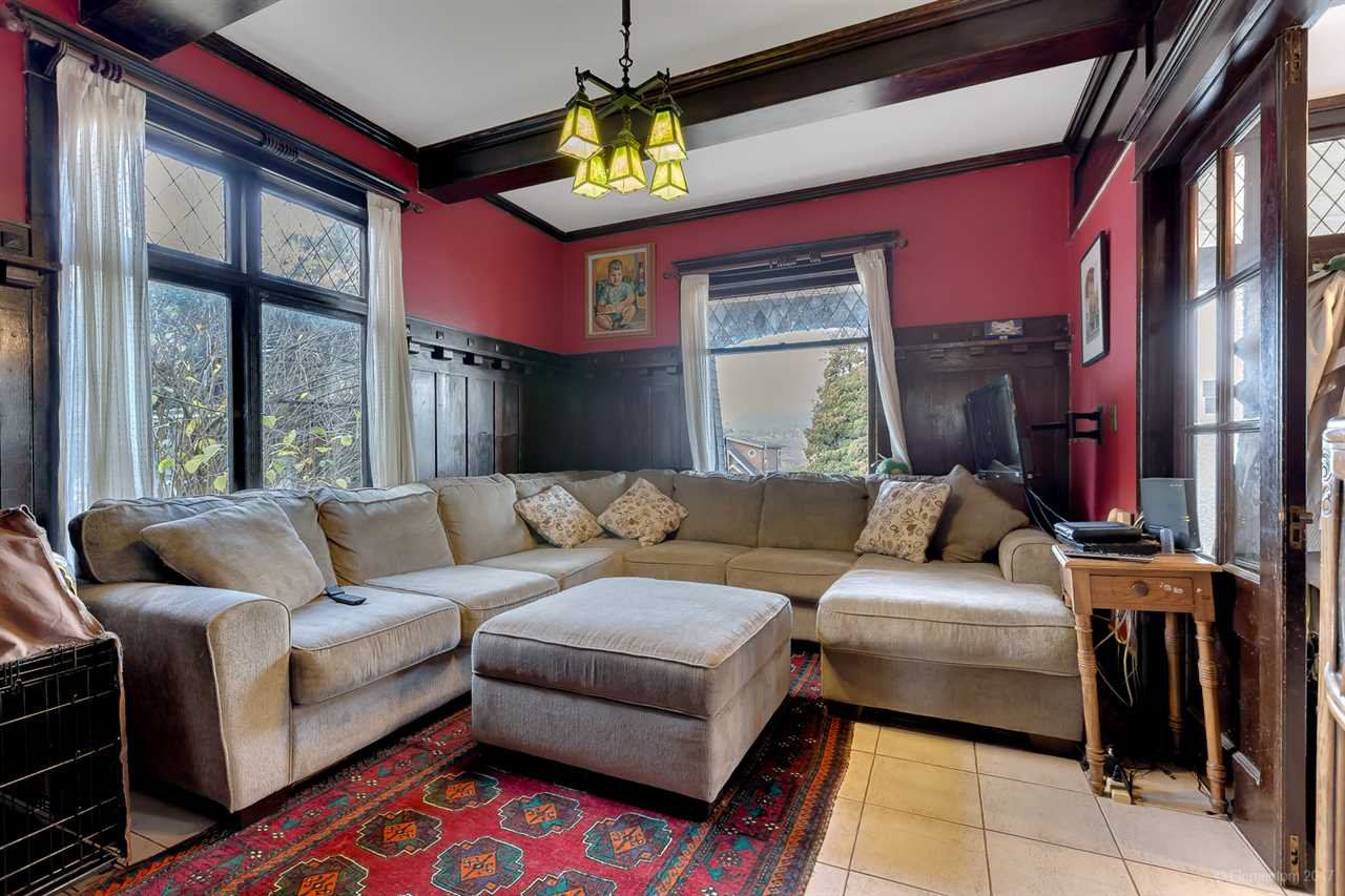 Photo 2: Photos: 2798 YALE Street in Vancouver: Hastings East House for sale (Vancouver East)  : MLS®# R2222270