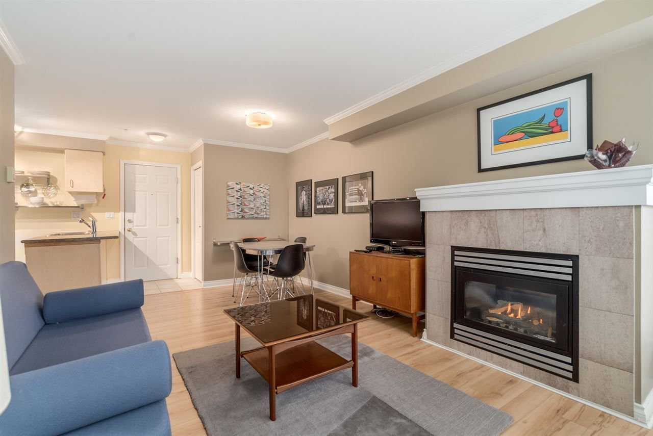 "Main Photo: 303 1617 GRANT Street in Vancouver: Grandview VE Condo for sale in ""Evergreen Place"" (Vancouver East)  : MLS®# R2232192"