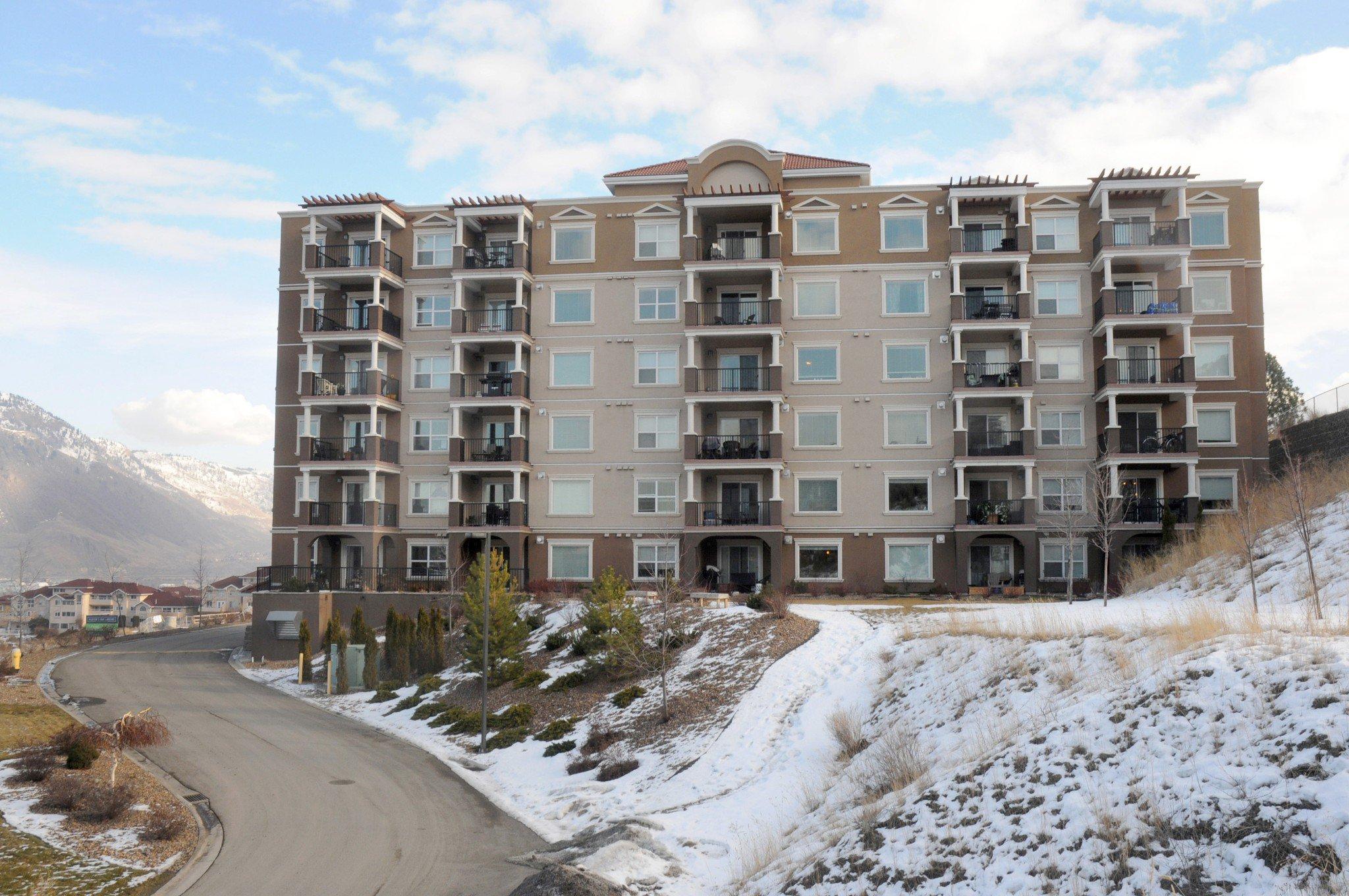Main Photo: 201 975 Victoria West in Kamloops: South Kamloops Multifamily for sale : MLS®# 144382