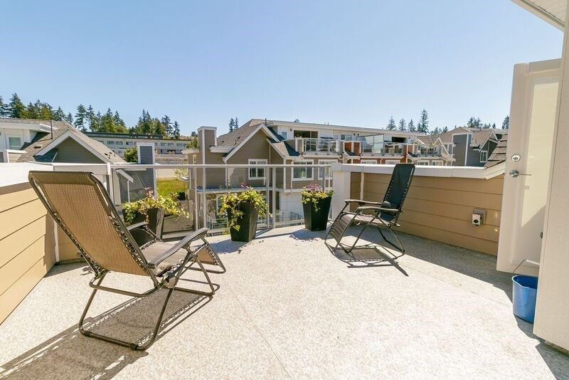 """Main Photo: 23 2958 159 Street in Surrey: Grandview Surrey Townhouse for sale in """"WILLSBROOK AT SOUTH RIDGE CLUB"""" (South Surrey White Rock)  : MLS®# R2292491"""