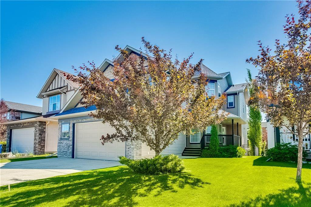 Main Photo: 14 COUGARSTONE Terrace SW in Calgary: Cougar Ridge Detached for sale : MLS®# C4201927