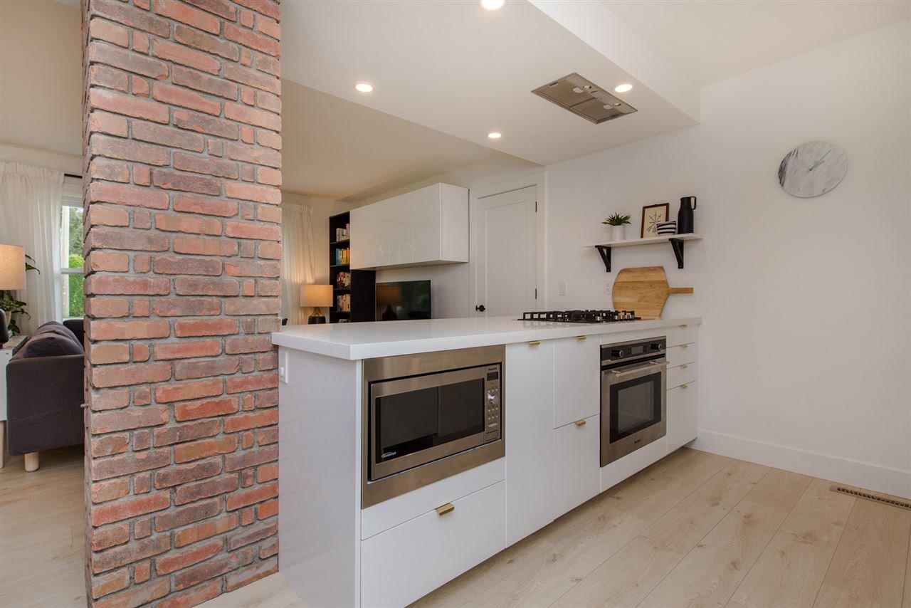 "Photo 8: Photos: 6444 REID Road in Sardis: Sardis West Vedder Rd House for sale in ""Sardis"" : MLS®# R2322018"
