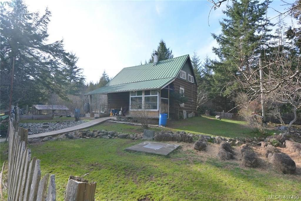 Main Photo: 2666 Kemp Lake Rd in SOOKE: Sk Kemp Lake House for sale (Sooke)  : MLS®# 809776