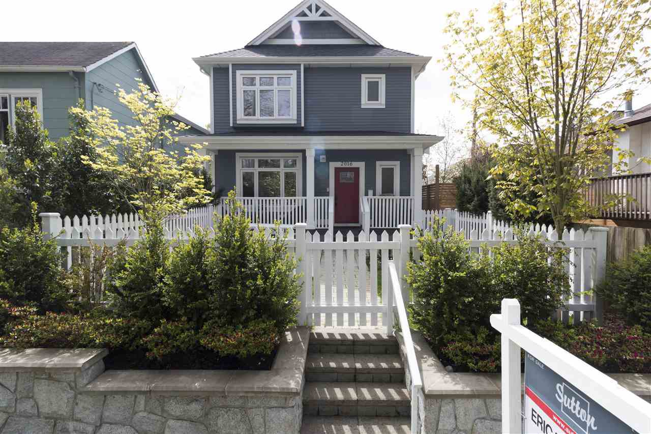 Main Photo: 2016 E 2ND Avenue in Vancouver: Grandview VE House 1/2 Duplex for sale (Vancouver East)  : MLS®# R2357305