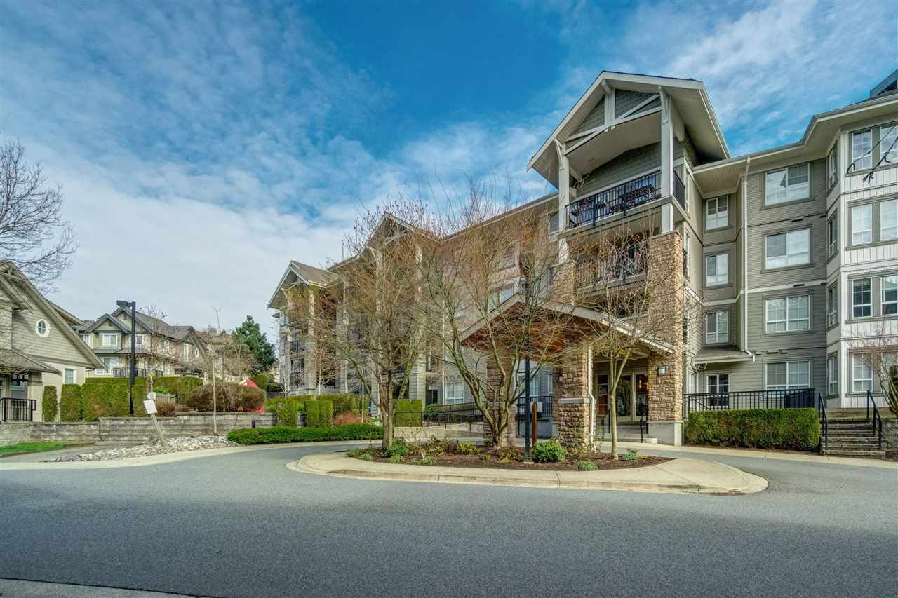 """Main Photo: 216 9233 GOVERNMENT Street in Burnaby: Government Road Condo for sale in """"SANDLEWOOD"""" (Burnaby North)  : MLS®# R2372752"""