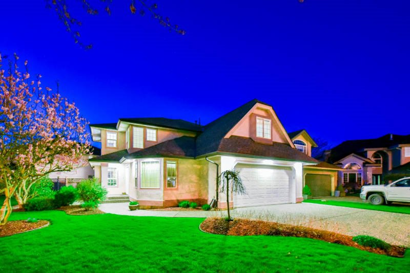 Main Photo: 20737 91A AVENUE in : Walnut Grove House for sale : MLS®# R2051999