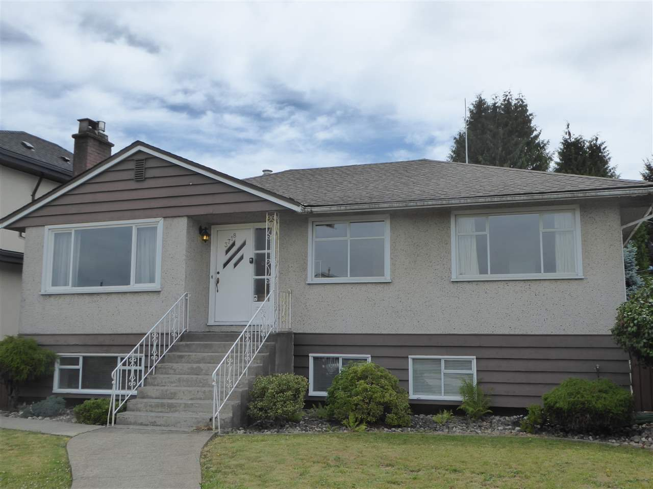 Classic Burnaby Hospital area bungalow home