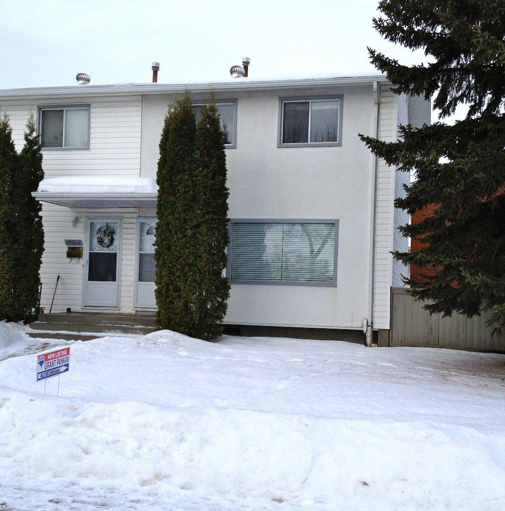 Main Photo: 10946 161 Street NW: Edmonton Townhouse for sale : MLS®# E3323415