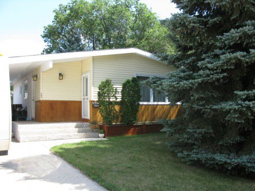 Main Photo: 22 Temple Bay in Winnipeg: Residential for sale : MLS®# 1307663