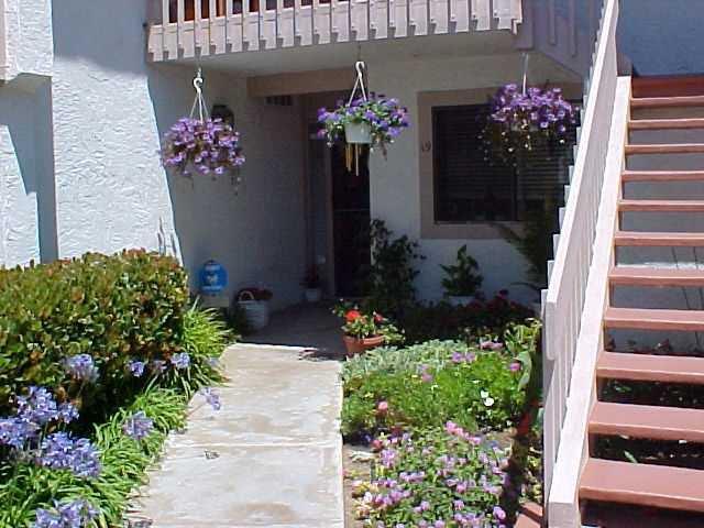 Photo 2: Photos: CORONADO CAYS Condo for sale : 2 bedrooms : 19 Kingston Court in CORONADO