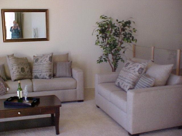 Photo 6: Photos: CORONADO CAYS Condo for sale : 2 bedrooms : 19 Kingston Court in CORONADO