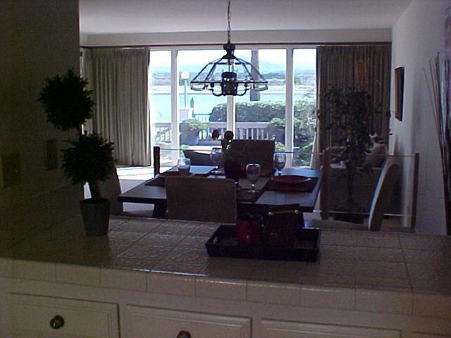 Photo 13: Photos: CORONADO CAYS Condo for sale : 2 bedrooms : 19 Kingston Court in CORONADO