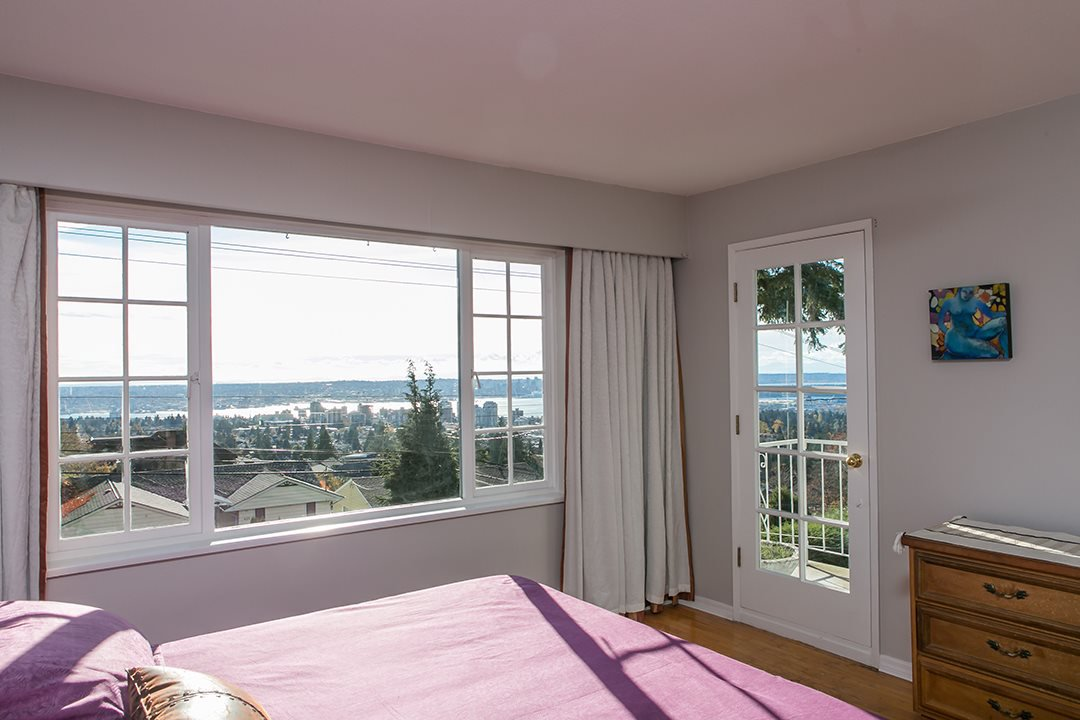 Main Photo: 530 E 29TH Street in North Vancouver: Upper Lonsdale House for sale : MLS®# R2015333